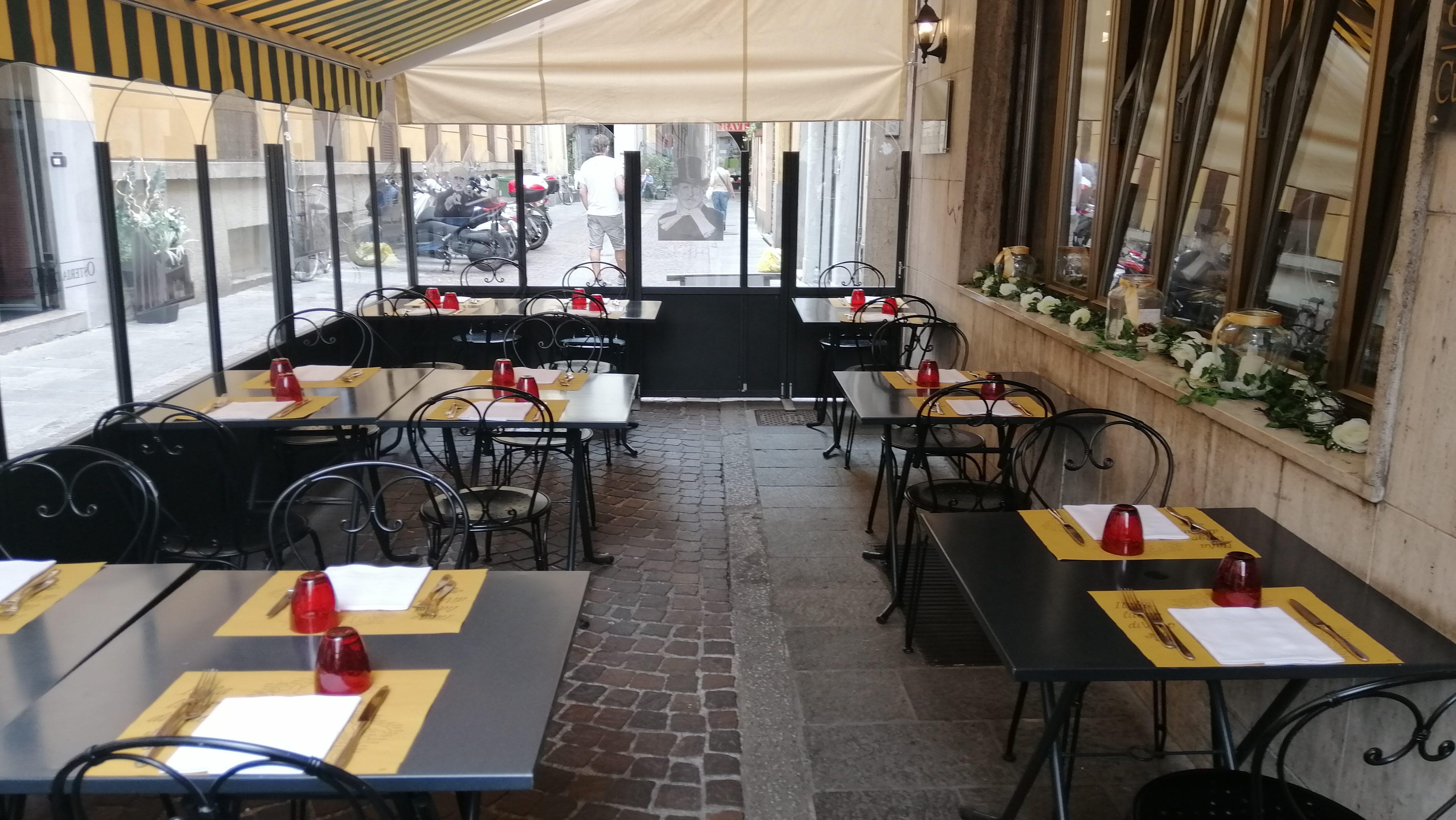 Dove mangiare all'aperto a Parma? Osteria della Ghiaia: Centro Storico e Piatti Tipici